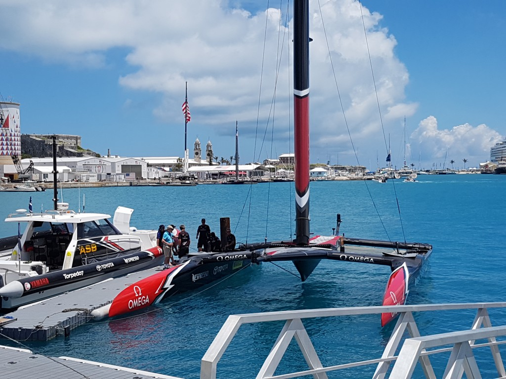 ETNZ about to set off on the final day of the 35th America's Cup